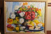 картина с цветами натюрморт на зеркальном столике на веранде