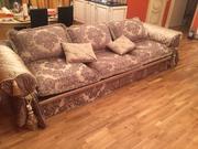 Антикварный диван  в подарок антикварное кресло